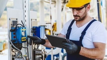 facility manager performing planned maintenance